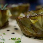 Flor de alcachofa confitada y crema de foie